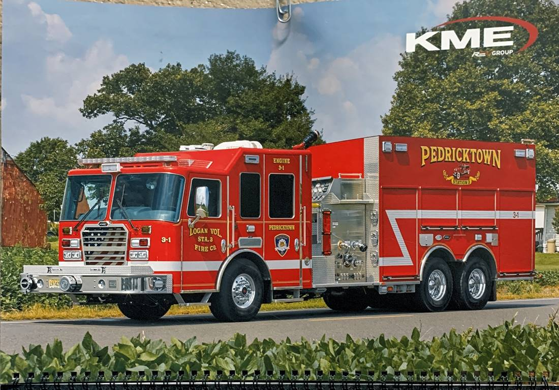 Sideview of 3-2 2003 Kme 1000 gallon