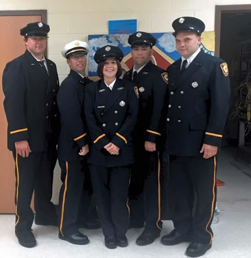 Graduates in uniform